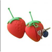 Quality strawberry silicone key case ,fruit shape silicone card holder wholesale