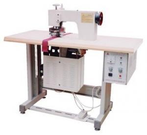 China 220V 3P 50 / 60Hz Ultrasonic Sealing Machine Welding For Chemical Fiber Fabrics on sale