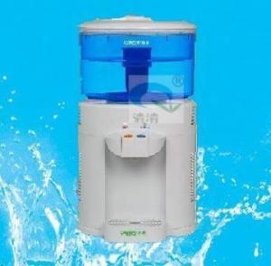 China desktop mini water dispenser on sale