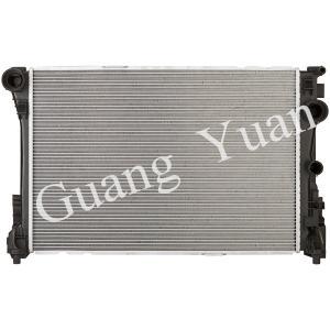 Quality Light Weight Low Noise Mercedes Car Radiator , Custom Aluminum Radiator With Plastic Tank wholesale