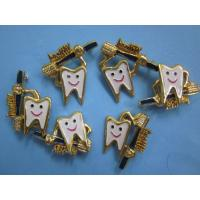 Quality Healthy Toot h Dental Pin Brooch For Dentist Dental Hygenist Team Gift wholesale