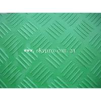 China Durable non-slip rubber sheet & mat, rubber flooring with checker on top on sale