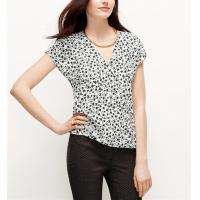 Quality Polyeste printed V neck crossover front hidden snap closure blouse China dress factory wholesale