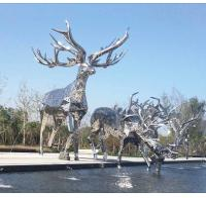 Quality Contemporary Metal Animal Sculptures Garden Deer Statues For Public Decoration wholesale