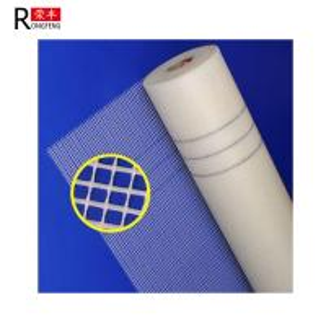 China Alkali Resistant Fiberglass Mesh Cloth / Fiberglass Mesh Fabric Roll 30-300g/M2 on sale