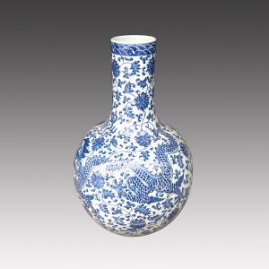 China blue and white porcelain vase flower vase under glazed on sale