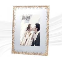 China High Hardness A4 Glass Photo Frame / Museum Glass Picture Frames Durable on sale