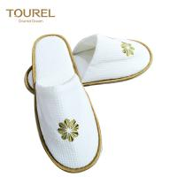 China Handmade Closed Toe Disposable Hotel Slippers Comfortable Waffle Material on sale