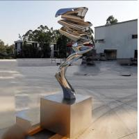 Cheap Modern Garden Ornaments Statues Handmade Polished Abstract Metal Sculpture for sale