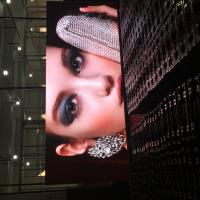 High quality LED Display P2.5 indoor TV sdudio SMD full color wall vedios module 320x160mm aluminum cabinet 480x480mm