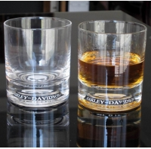 China Logo Debossed Bottom Whiskey Tumbler Glass , Crystal Scotch Glasses For Brands Gift on sale