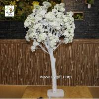 China UVG CHR122 Natural Wood Trunks Indoor Home Decorative Artificial Tree with Cherry Flower on sale
