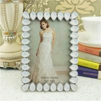 Quality Metal photo frame/teardrop crystals photo frame wholesale