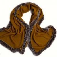 China Cashmere scarf Wholesale Cashmere Scarf with Rabbit Fur Trim Scarf for Elegant Women on sale