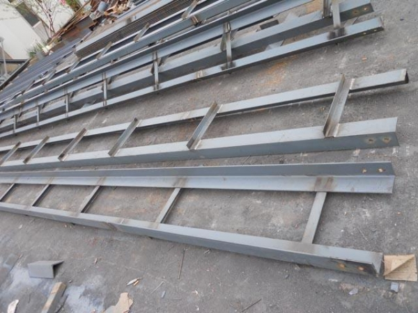 Cheap supporting beams for truss structure of qdsinoway for Cheap trusses for sale