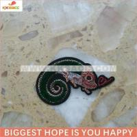 Quality hotfix lizard toothbrush embroidery sew on garment wholesale