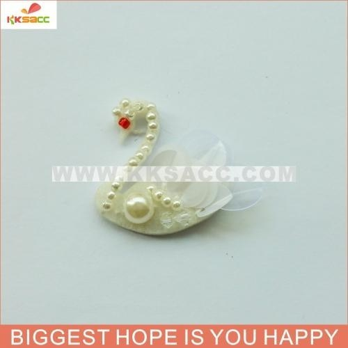 China wholesale beautiful little swan for garment accessories