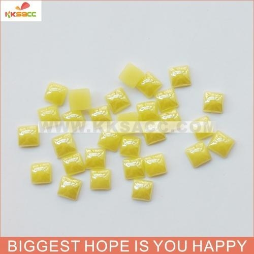 China 10*10MM YELLOW COLOR CERAMIC STONES FOR GARMENT