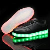 China Low Top Women Men Shoes on sale