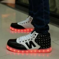 China Fashion Unisex LED Shoes For Men And Women High Upper LED Sneaker Shoes USB Charging Light Up Shoes on sale