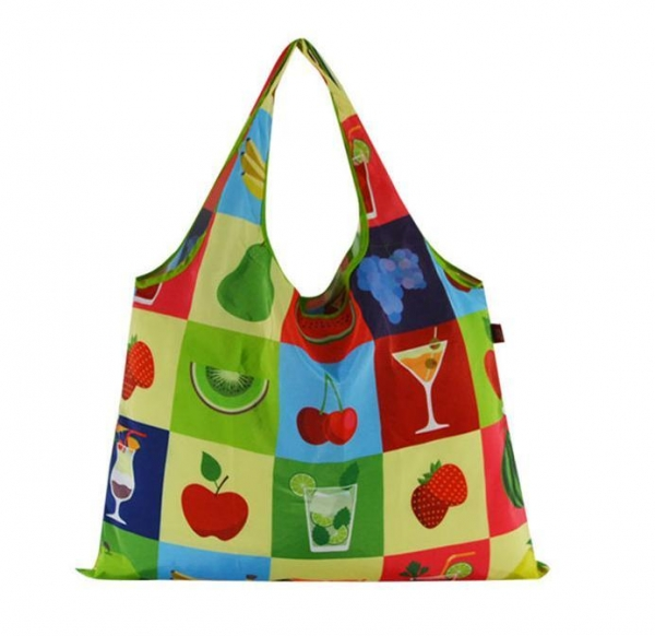China Waterproof polyester printed foldable shopping bags