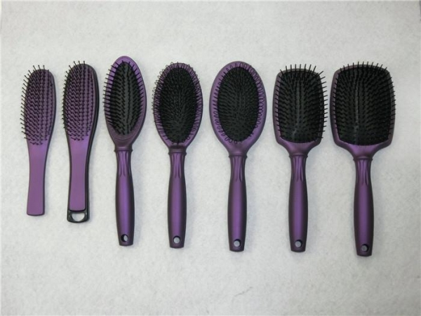 China Color Plastic Wire Hair Brush Salon Styling Bristles Makeup Tool Hair Comb