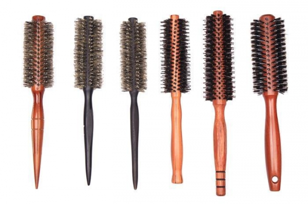 China Nice Round Barrel Hair Brush Automatic Tension Thin Long Hair