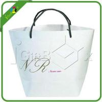 China Creative White Wedding Gift Bags for Shopping Packaging with Gift Boxes and Bags Wholesale on sale