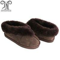 Quality women comfortable house sheepskin booties fuzzy slippers wholesale