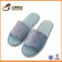 Quality Fashion Style Disposable Bathroom Slippers Cheap House Slippers wholesale